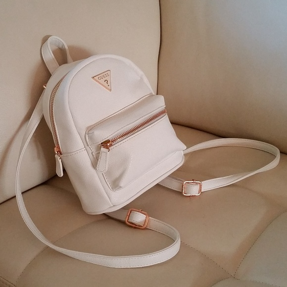 a2ef360576 GUESS mini backpack White ROSE GOLD NWT